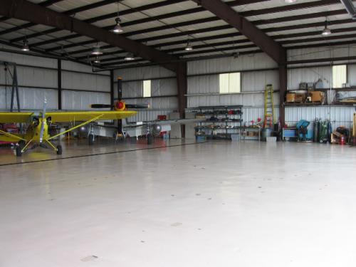 Roush-Aviation-Hanger-7