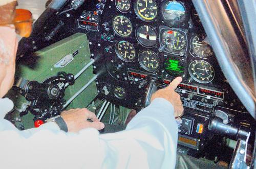 Roush-Aviation-Hanger-Inspections-cockpit